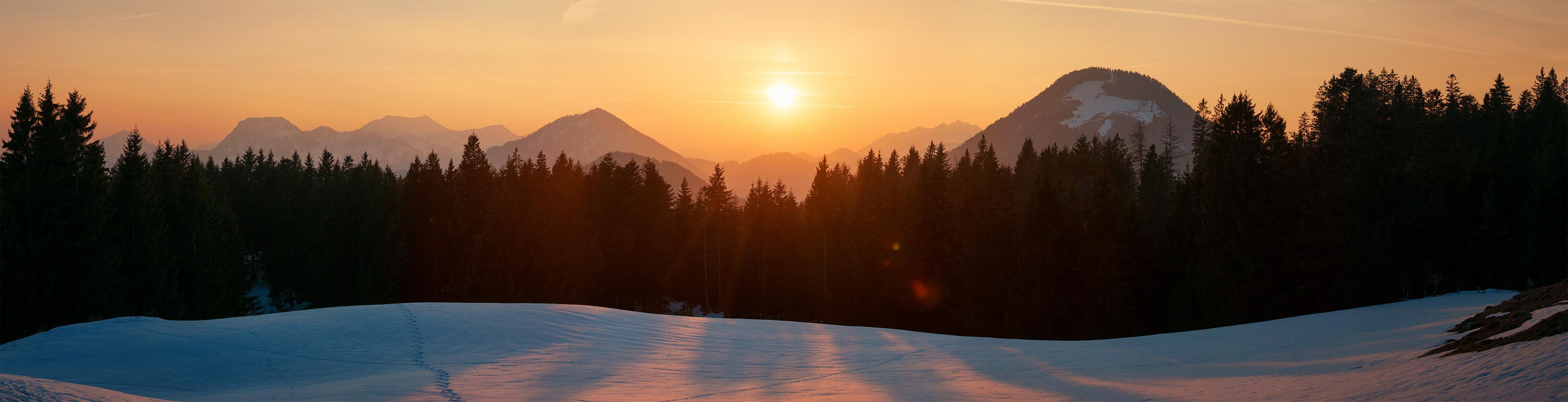 19.03.2015 - Sonnenuntergang über den Bayerischen Voralpen