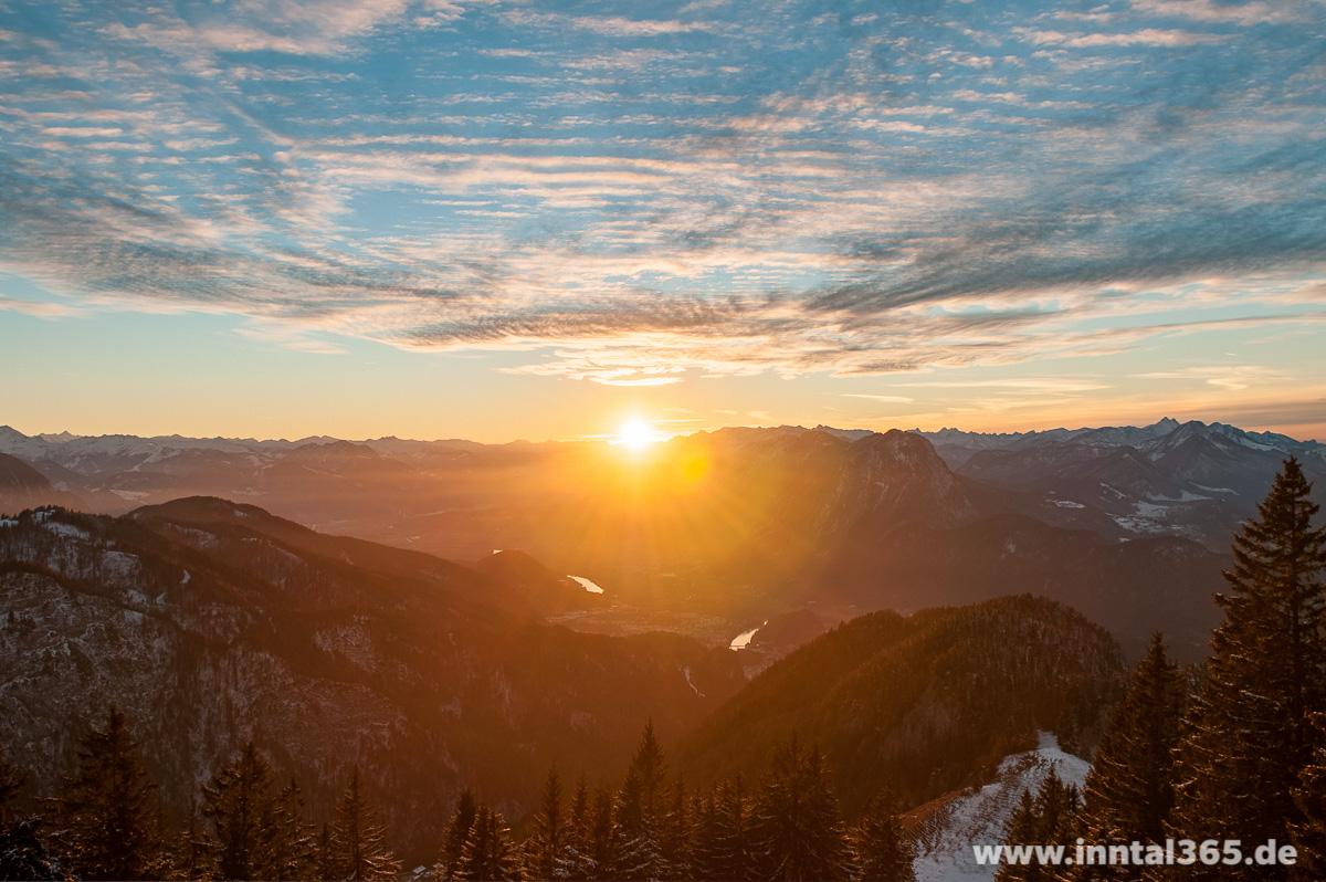 24.11.2015 - Auf der Vorderkaiserfeldenhütte (1388 m)