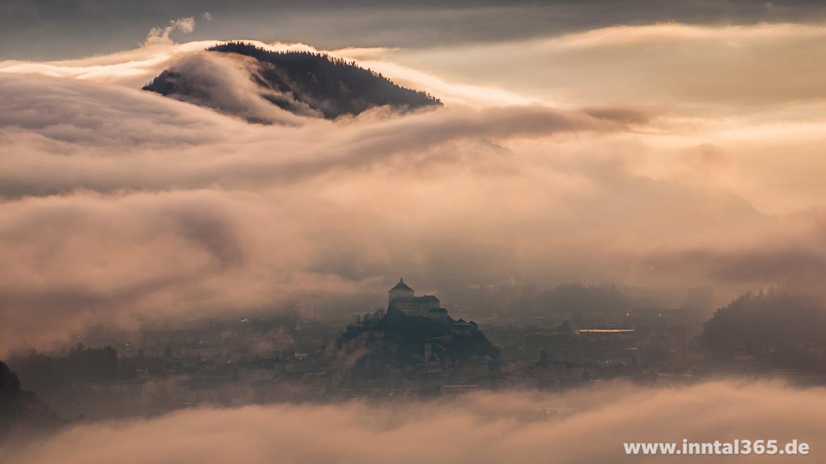 02.12.2015 - Kufstein mit Festung im Hochnebel