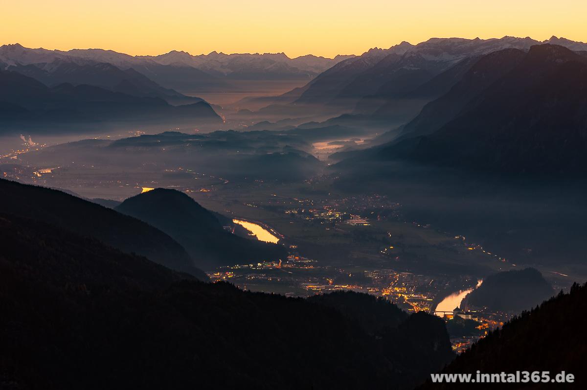 07.12.2015 - Abenddämmerung mit Blick Richtung Innsbruck