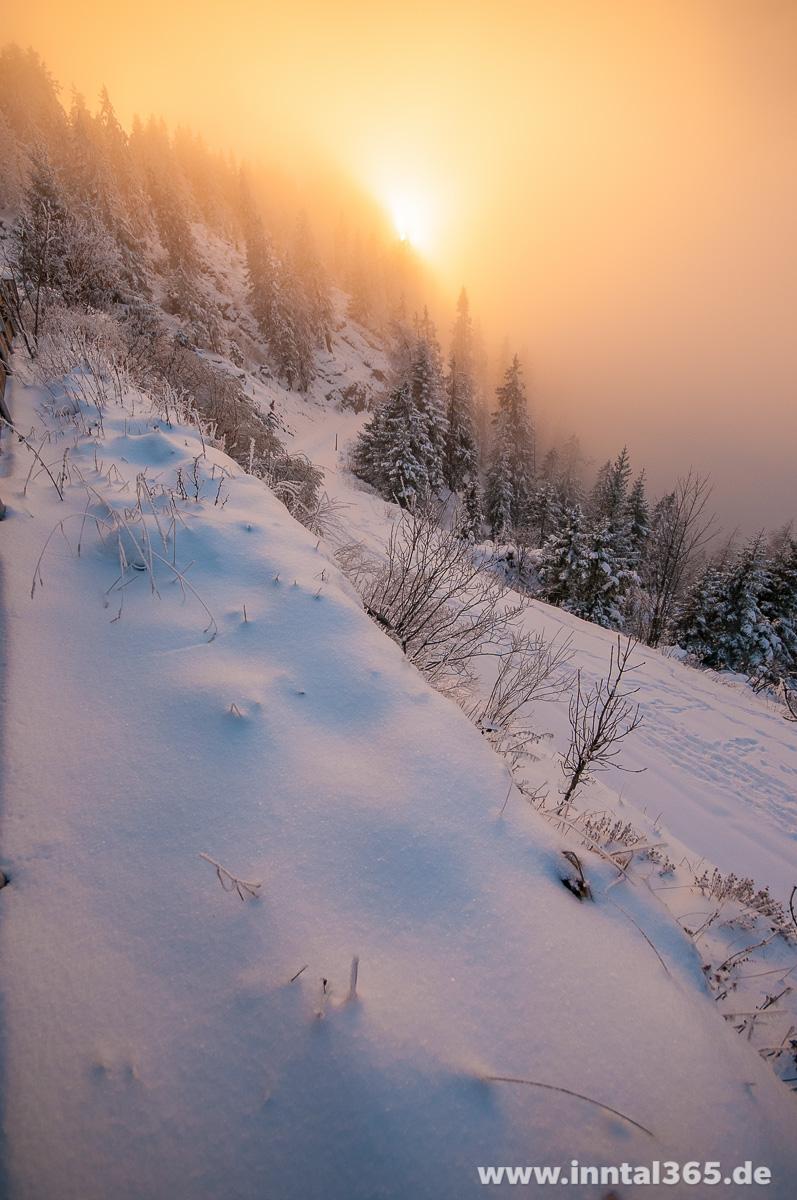 10.12.2015 - Sonne am Pendling in den Wolken