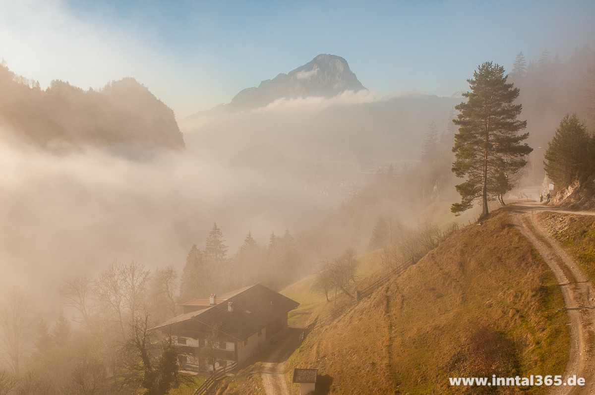 18.12.2015 - Nebliger Aufstieg durchs Kaisertal