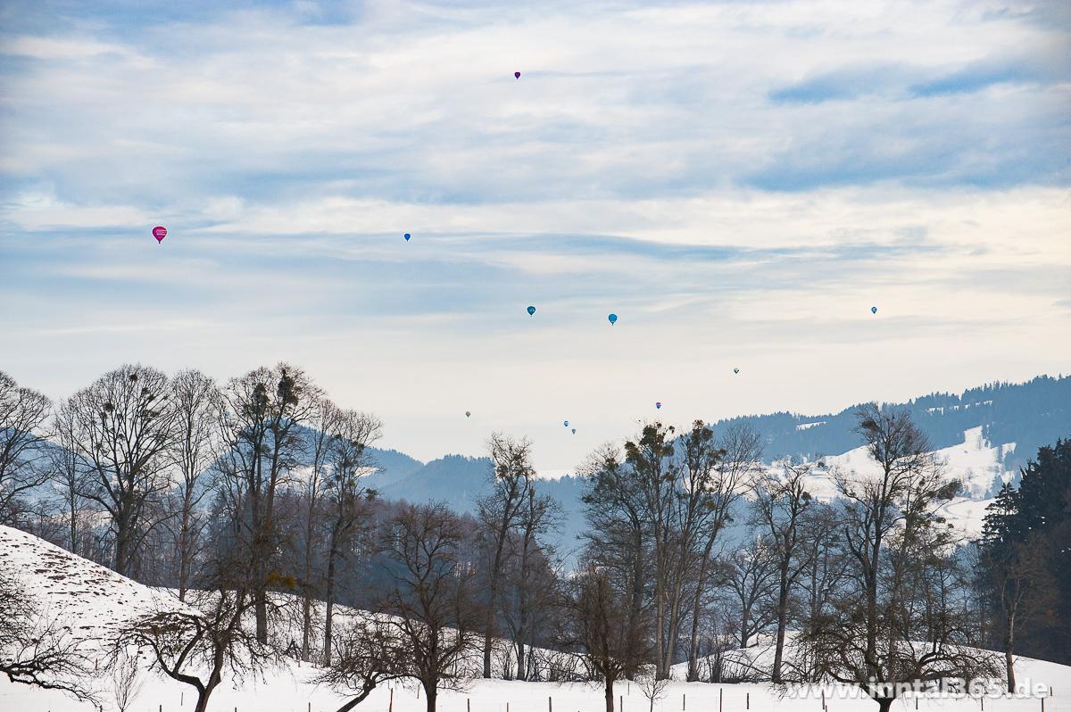 27.01.2016 - Kaiserwinkl Alpin Ballooning. Zwei Schnappschüsse vom heutigen Start ab Walchsee