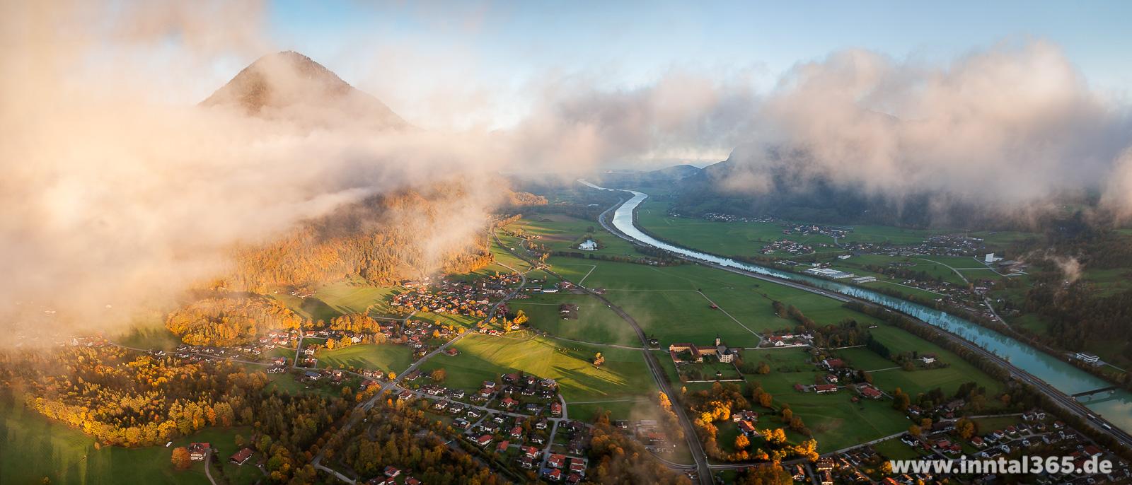 06.11.2016 - Luftbild Niederaudorf, Wildbarren und Inntal